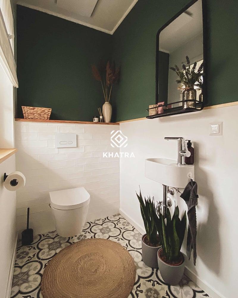 Gạch thẻ trắng ốp chân nhà tắm