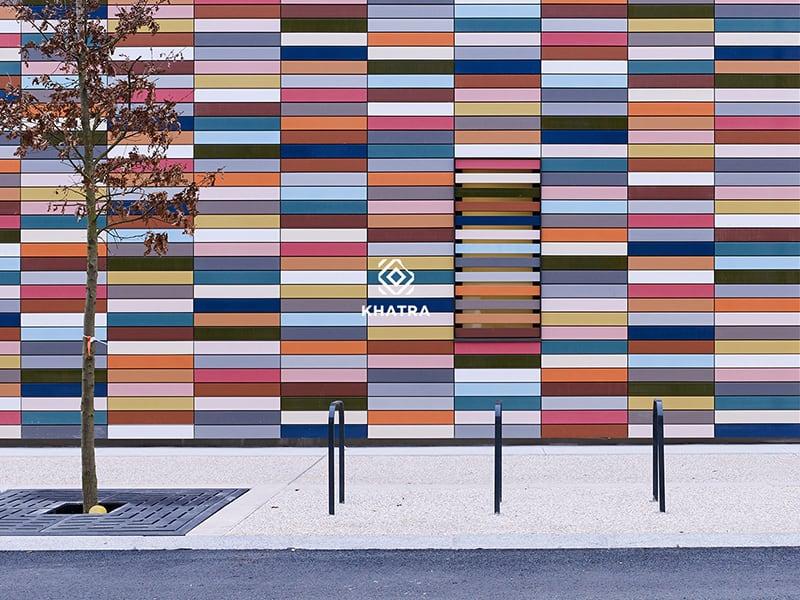 Phối gạch thẻ nhiều màu ốp tường ngoại thất
