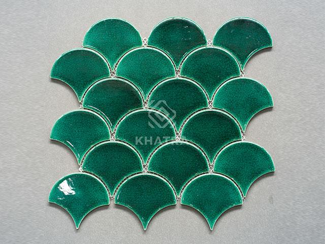 Gạch vảy cá Emerald Green