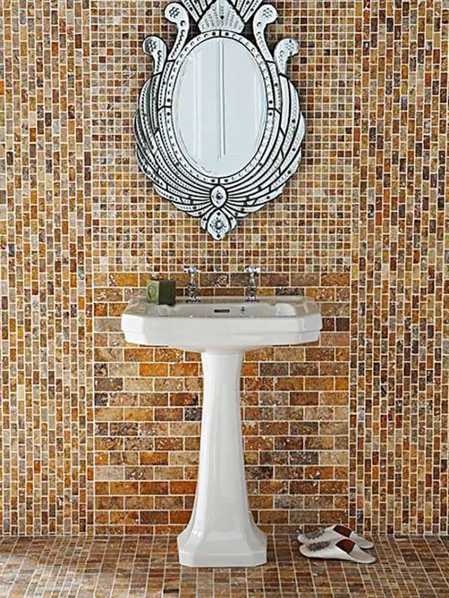 Gạch trang trí Mosaic ốp Toilet