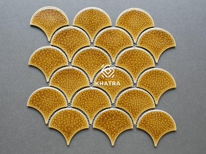 Gạch vảy cá men rạn Gold 800x600 ốp bếp