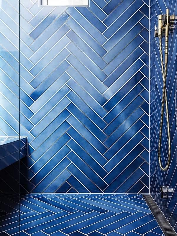 gạch thẻ Sapphire ốp tường WC