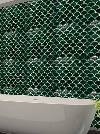 Gạch ốp tường vảy cá - Ứng dụng xu hướng Curves