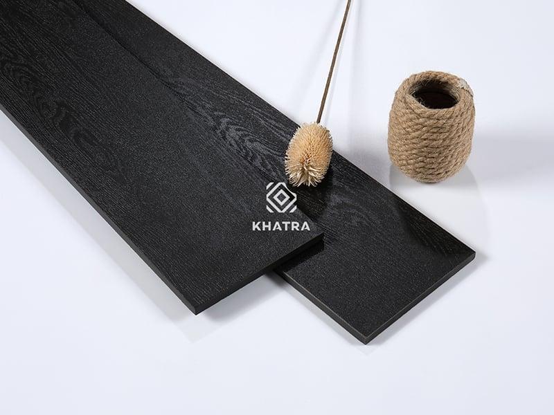 Gạch gỗ đen full body KHA-459005