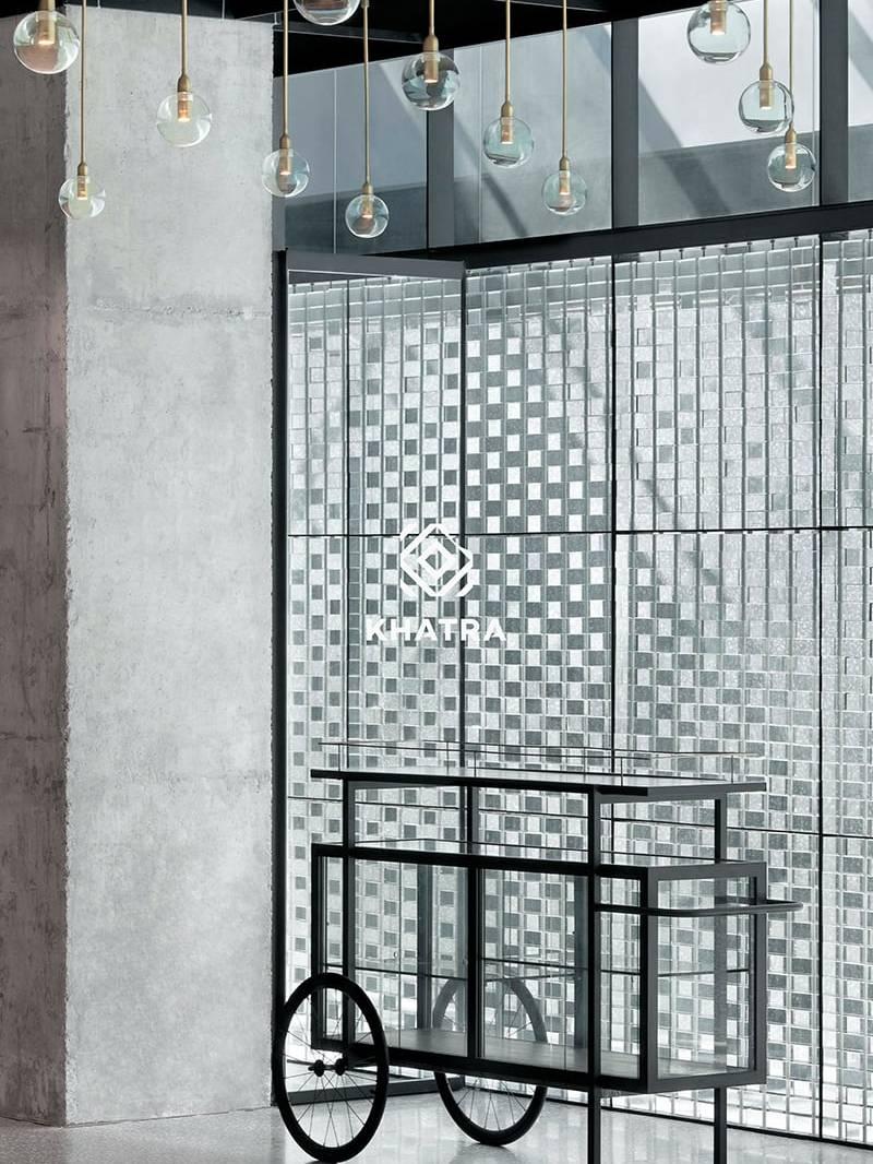 Gạch kính ô vuông ốp tường