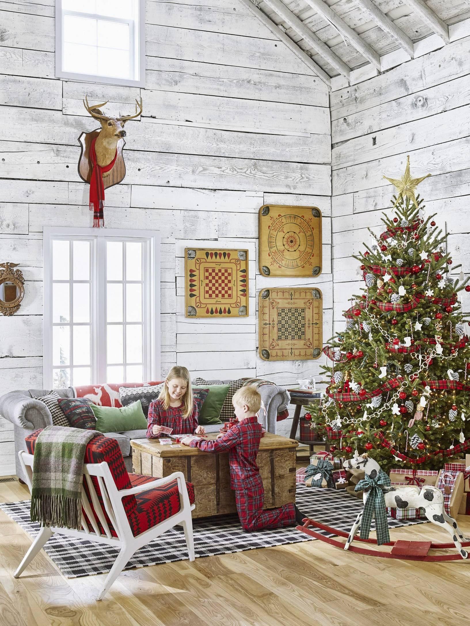 Trang trí noel cho nhà ở nền và tường gỗ