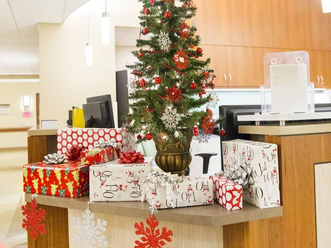 Trang trí Giáng sinh cho văn phòng