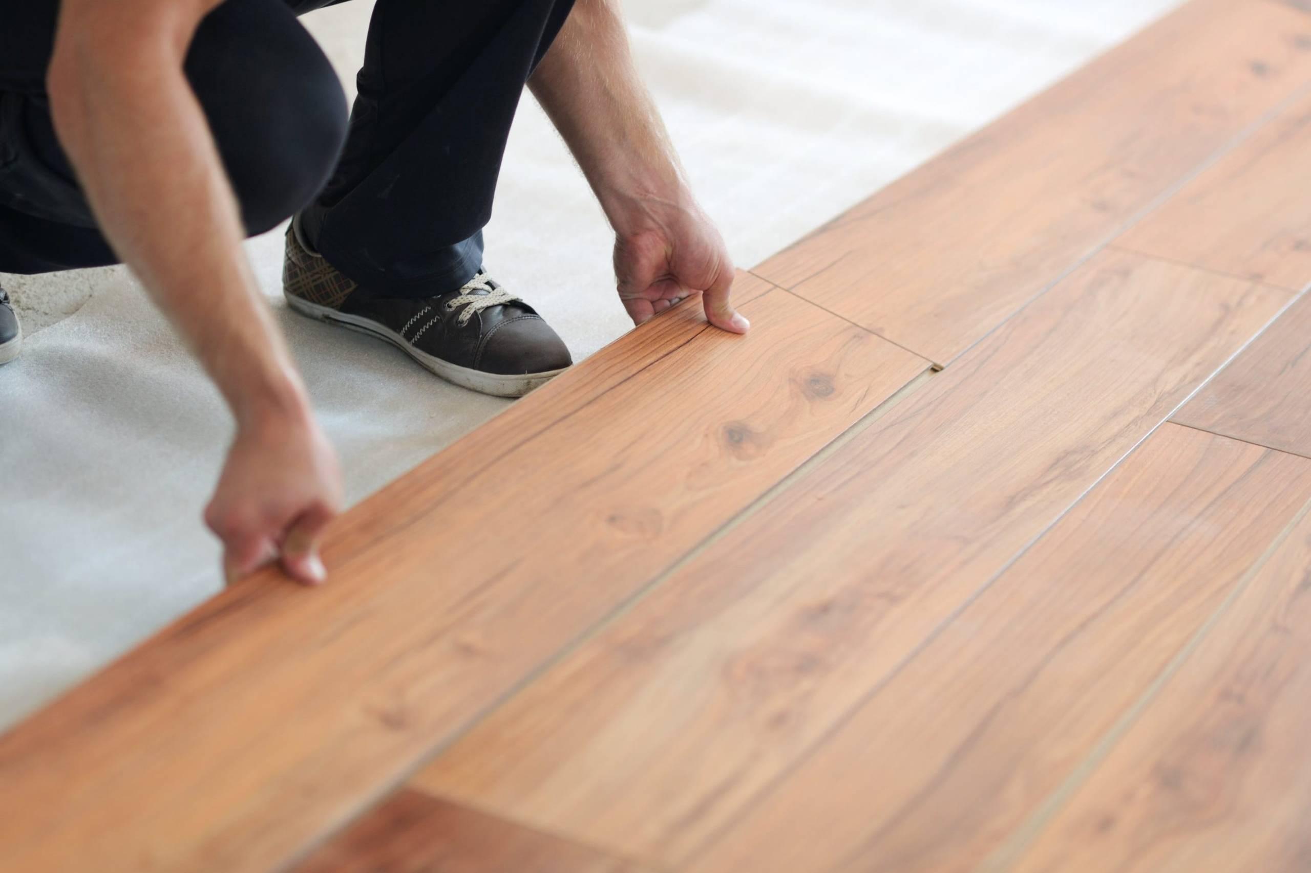 Cách lát gạch vân gỗ