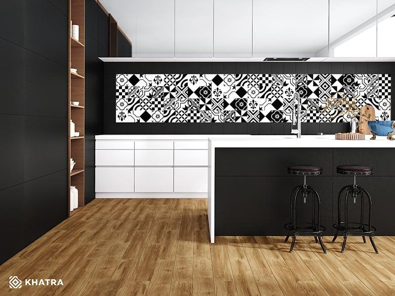 Phối gạch gỗ với gạch Super Black và gạch bông ốp bếp