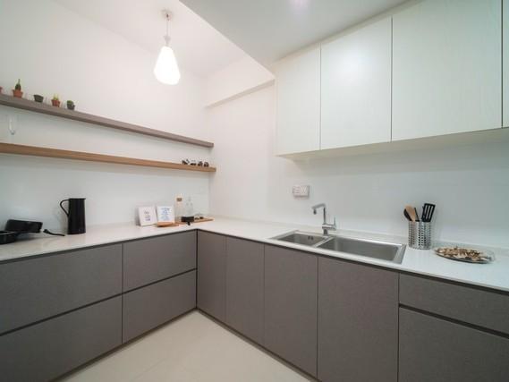 Phòng bếp đơn giản đầy đủ chức năng