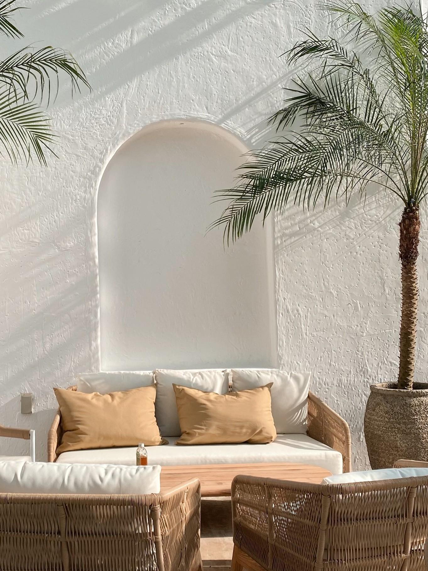 Quán cafe ngập nắng phong cách Địa Trung Hải