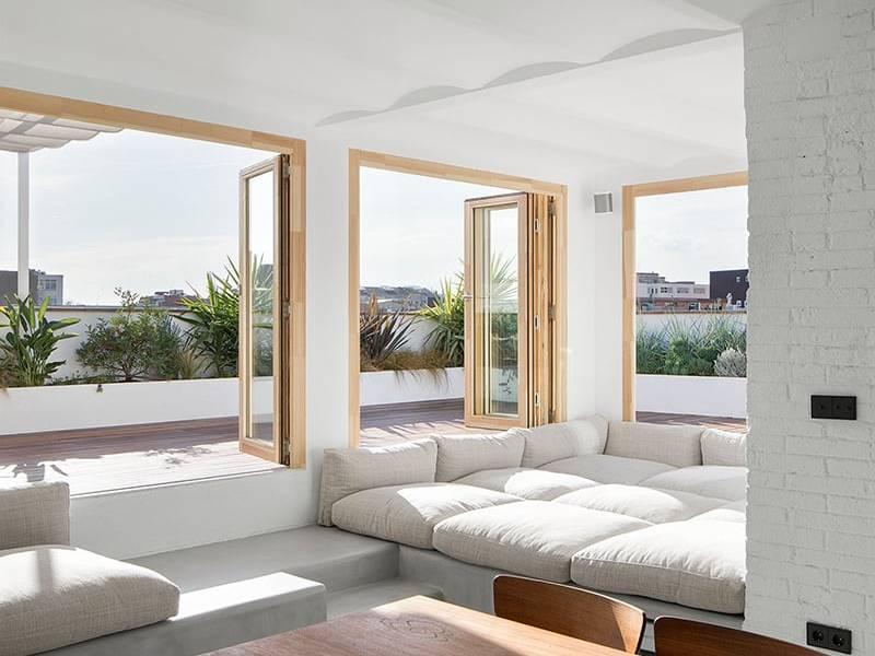 Thiết kế kết nối thiên nhiên của căn hộ 2PN tầng cao