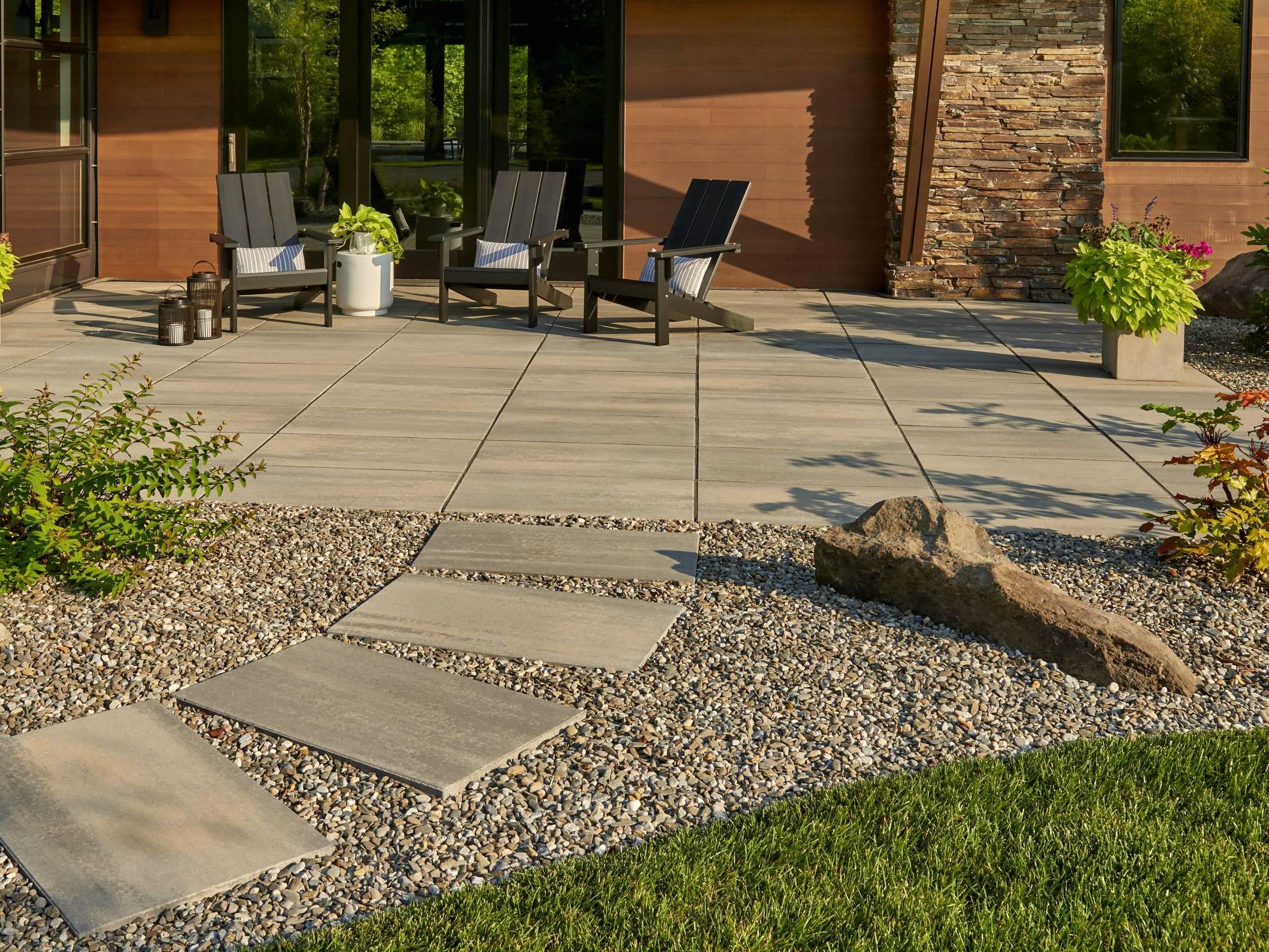 Thiết kế sân vườn phong cách hiện đại