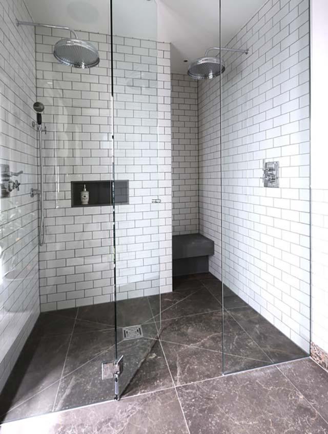 sử dụng đá tự nhiên trong phòng tắm