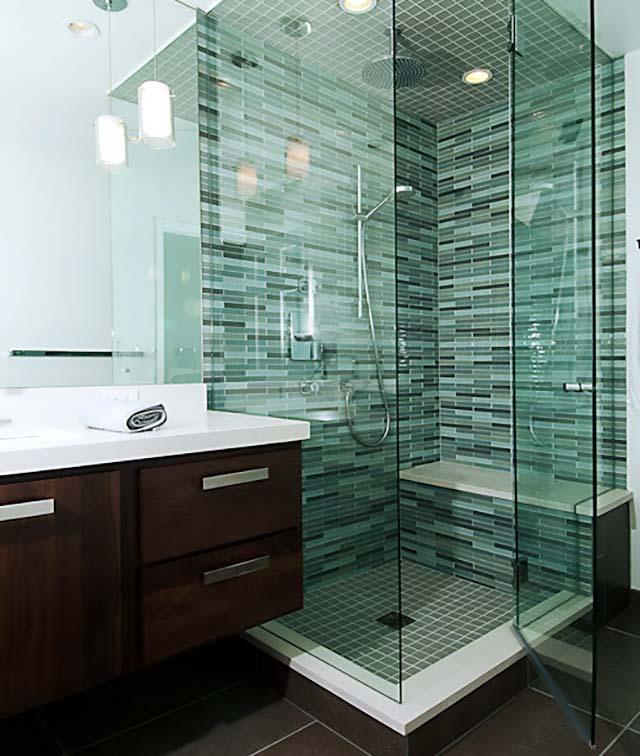 Gạch mosaic ốp tường phòng tắm