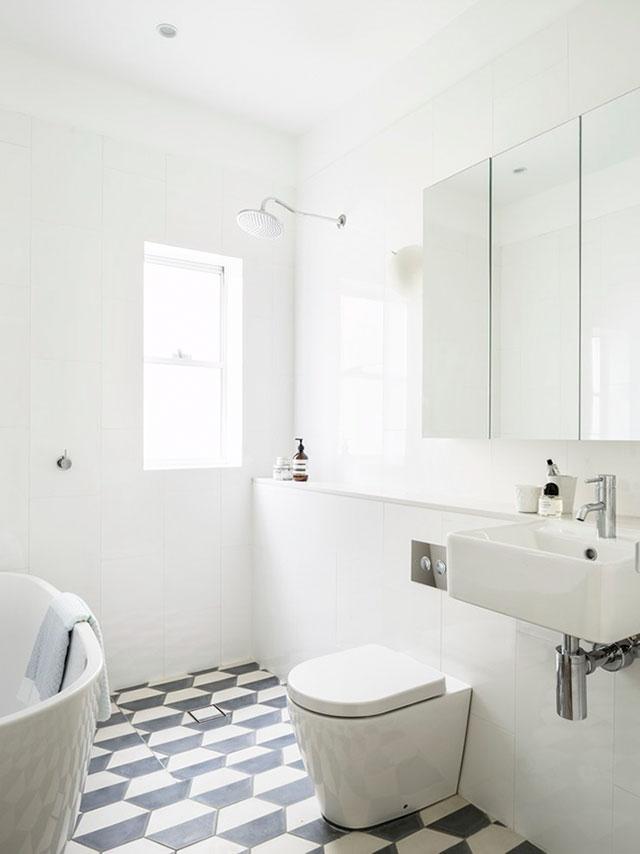 lục giác trong phòng tắm