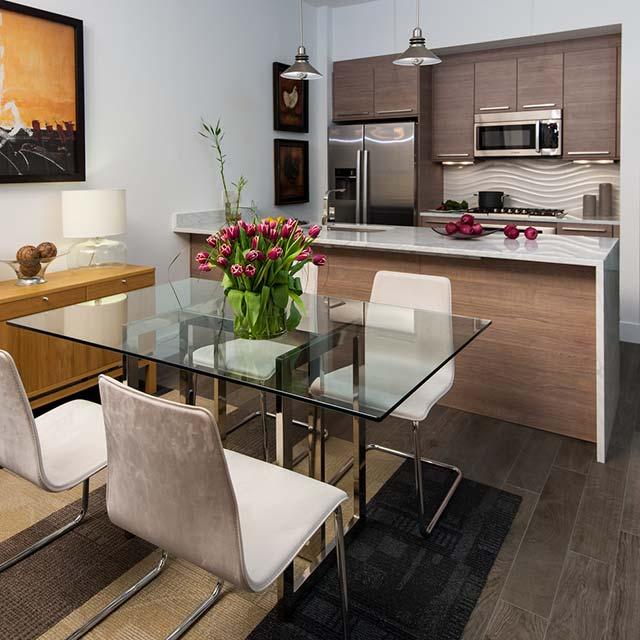 phòng bếp chung phòng khách